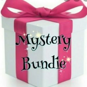MYSTERY BUNDLE OF BABY GIRL CLOTHES !! OBO